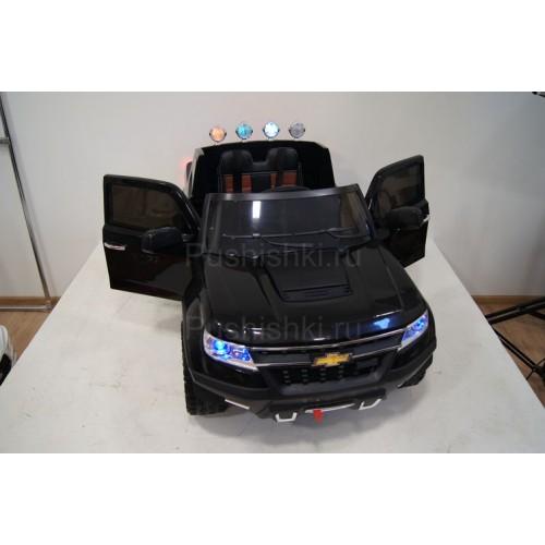 Детский электромобиль RiverToys Chevrole X111XX