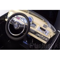 Детский электромобиль RiverToys Mercedes-Benz 300S LS-618